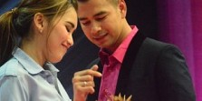 Ayu Ting Ting dan Raffi Ahmad Main Kode Ciuman