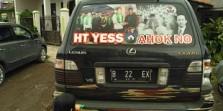 Dukungan Untuk Anies-Sandi: `HT Yess Ahok No`