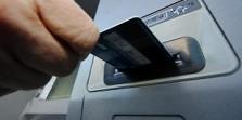 Polisi Bekuk Dua Spesiasil Pembobol ATM Modus Ganjal Kartu