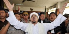 Habib Rizieq dan Cermaha Jenderal Hansip yang Meresahkan