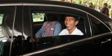 Dikunjungi Presiden, Anak Korban Gempa Aceh Nyanyi `Jokowi Siapa Yang Punya`