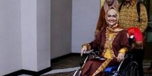 Teguran atau Kemudahan Tuhan: Kursi Roda Julia Perez Hilang di Masjidil Haram